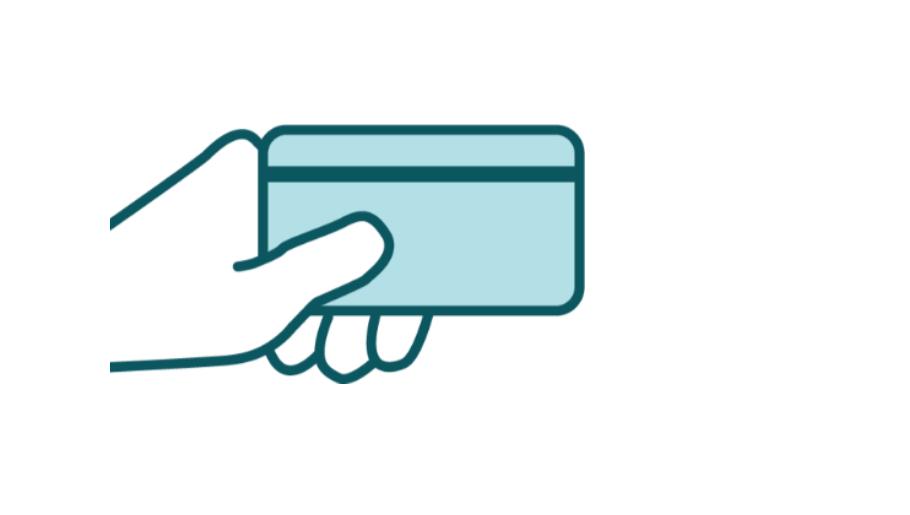 Hand mit Kreditkarte