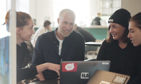 Global Content Makers: Screenshot of Native instruments video