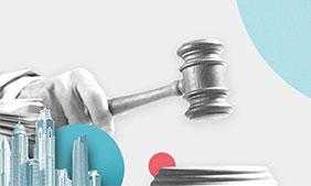 billede af en dommers hammer